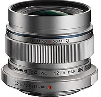 Olympus 12 mm F2.0 ED 46 mm Objectif (adapté à Micro Four Thirds) argent
