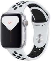 Apple Watch Nike+ Series 5 40 mm – Boîtier aluminium et bracelet Nike sport platine pur/noir [Wi-Fi]