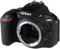 Nikon D5600 Cuerpo negro