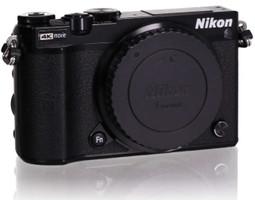 Nikon 1 J5 noir