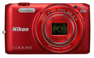 Nikon COOLPIX S6800 rojo