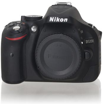 Nikon D5200 Body schwarz