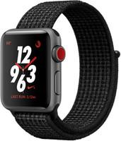 Apple Watch Nike+ Series 3 38mm cassa in alluminio grigio siderale con cinturino Nike Sport Loop platino/nero [Wifi + Cellular]