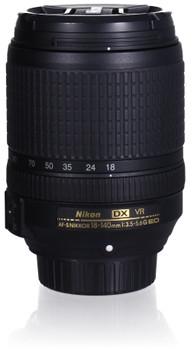 Nikon AF-S DX NIKKOR 18-140 mm F3.5-5.6 ED G VR 67 mm Objectif (adapté à Nikon F) noir